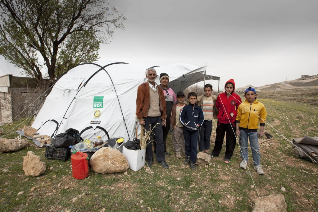 Shelterbox_Lebanon_2013_MG_054